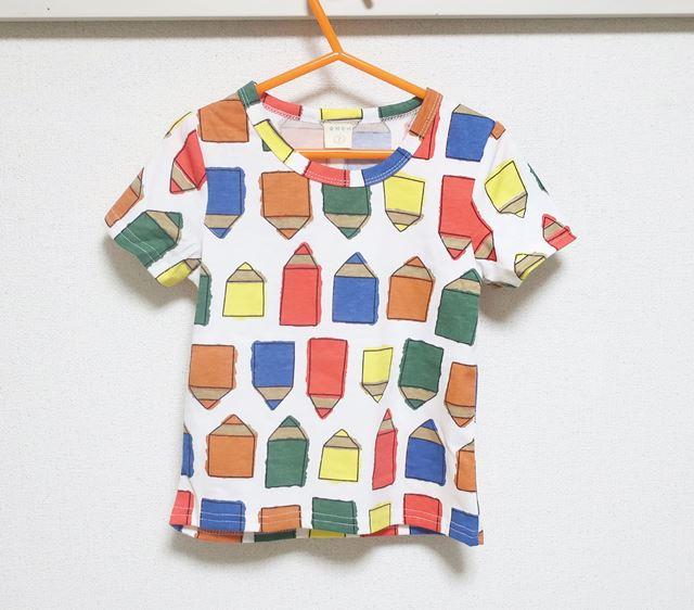 カラフルなえんぴつ柄が目を惹く、プチプラでオシャレなキッズ半袖Tシャツ