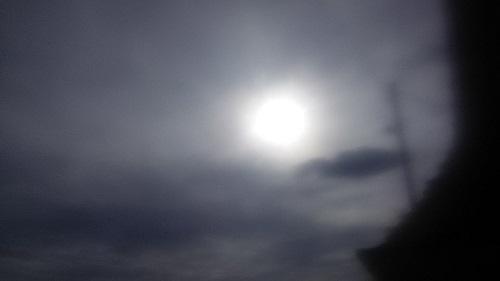 日蝕の新月