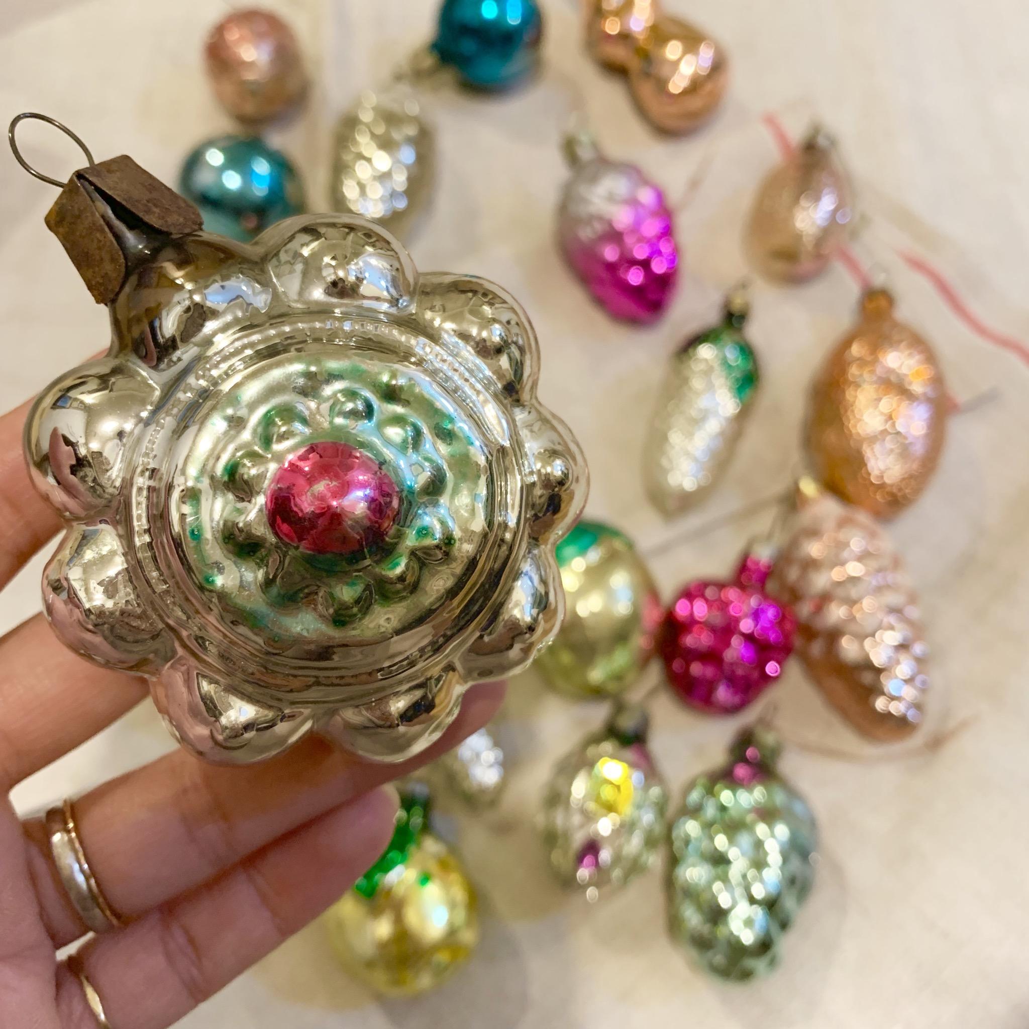 吹きガラスのクリスマスオーナメント