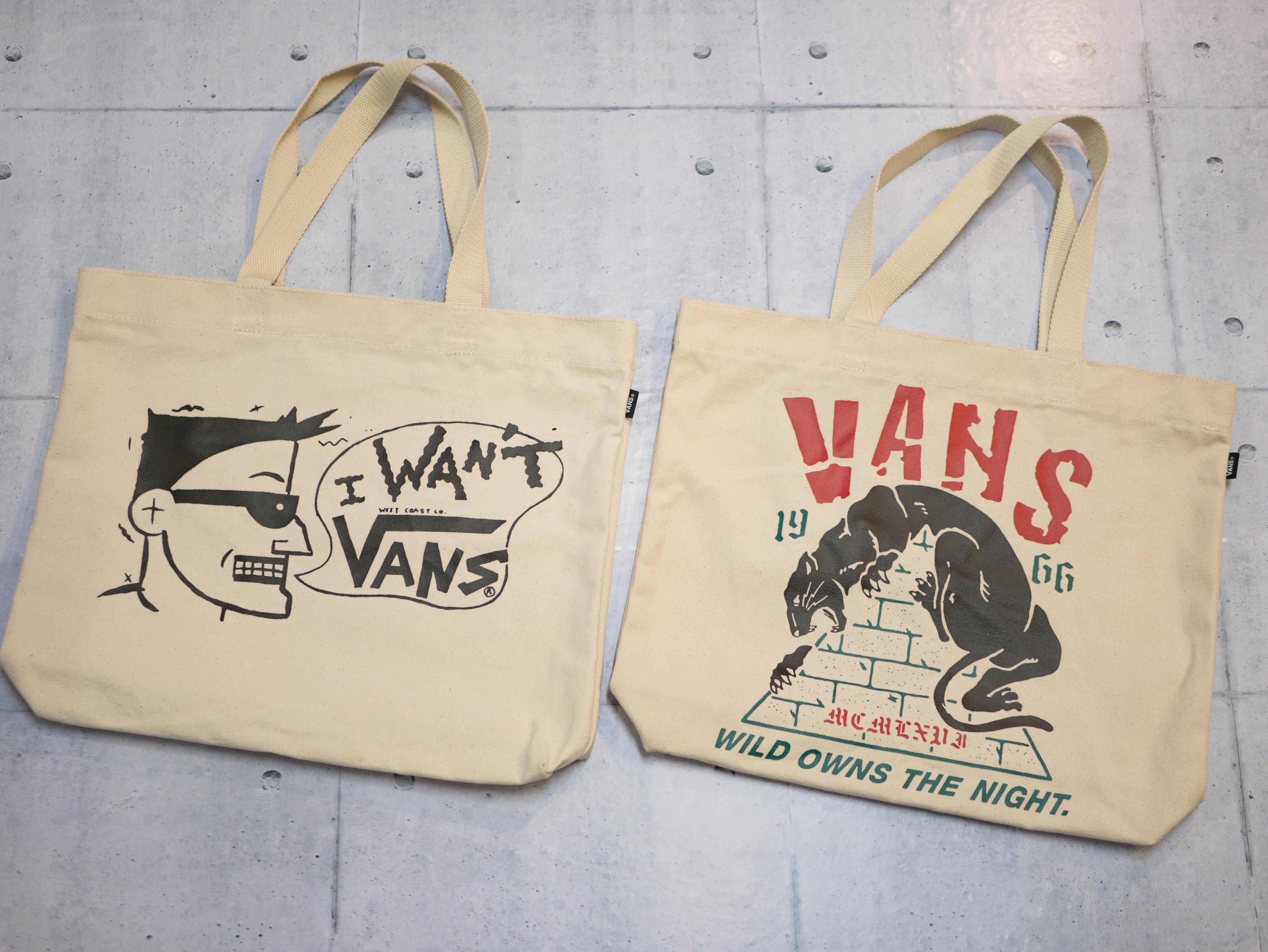 VANSのトートバッグがこれまた可愛いんですよ。