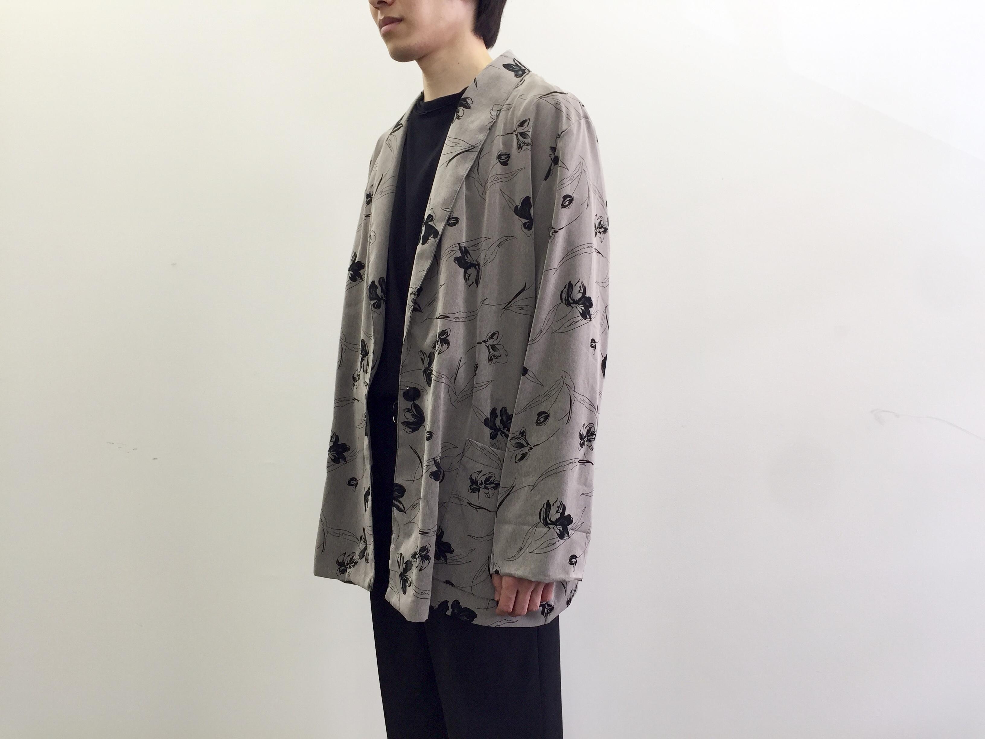 【秋の入荷コンセプト②】ゆとりあるシルエットのジャケット・ガウン