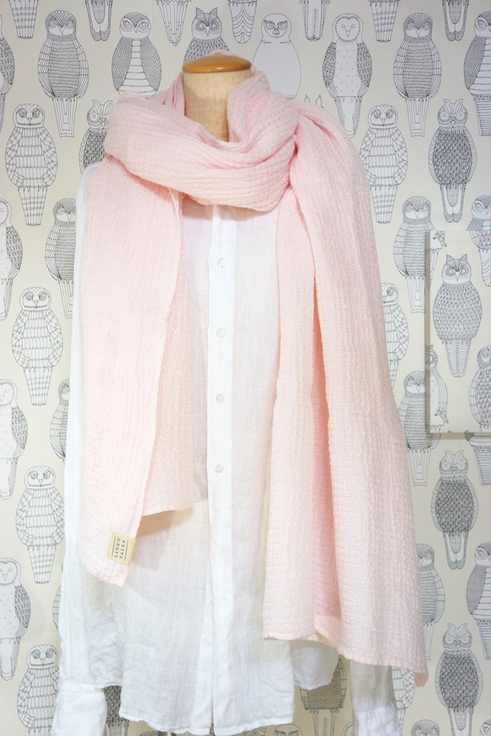 ワッフル織りの肌触りが心地良いリネンの大判スカーフ