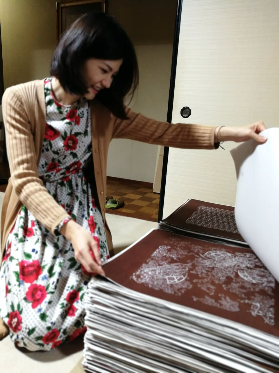 長身和風アパレルATEYAKA 、伝統工芸の伊勢型紙とコラボ決定!!
