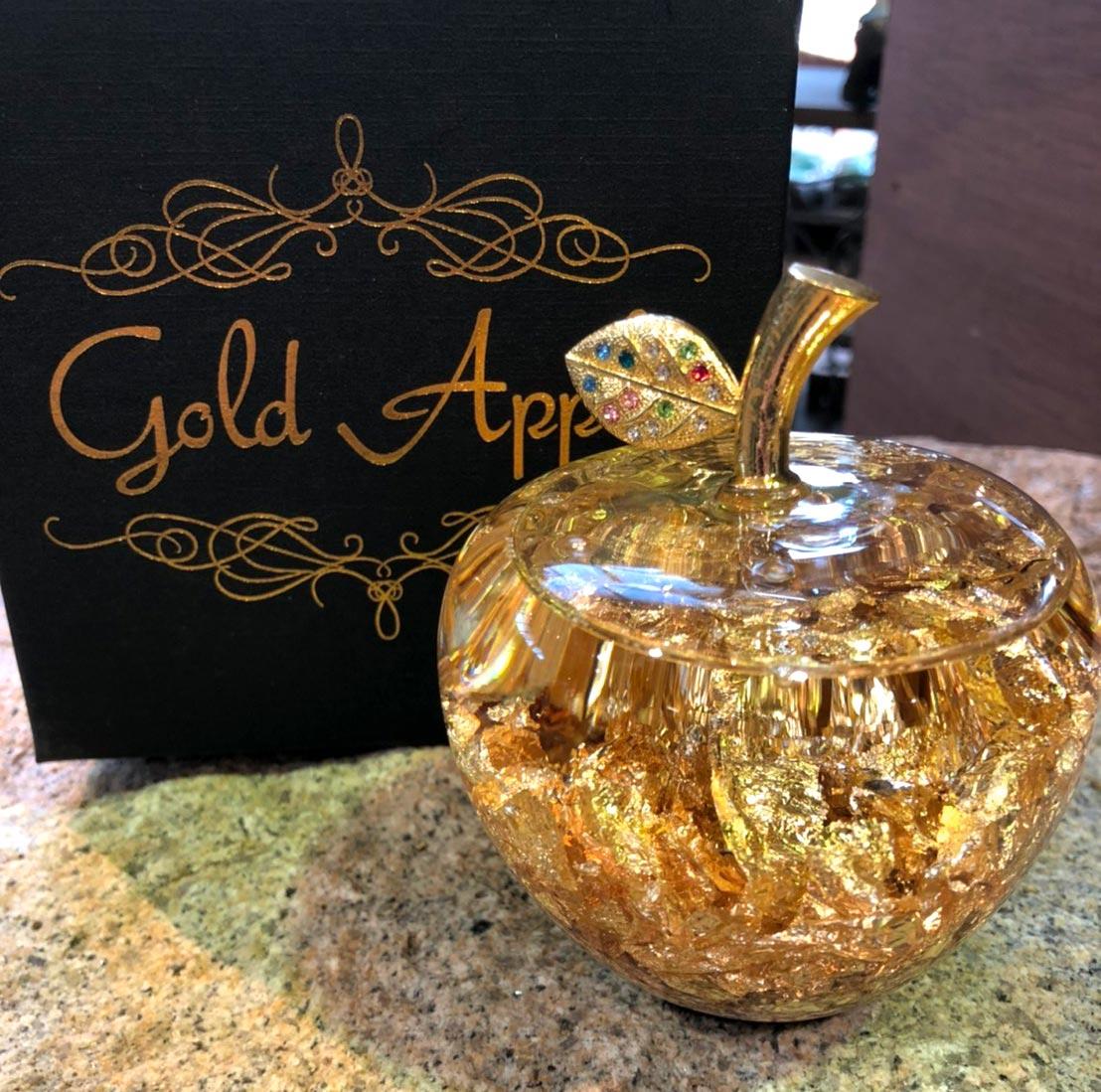 【新商品】キラキラの黄金のリンゴで今年は金運UP!プレゼントにも【雑貨】