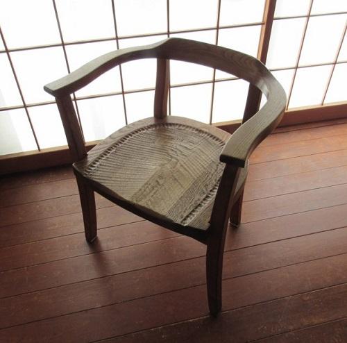 長年愛用いただいている遊木舎の椅子。お客様がお写真送ってくださいました♪