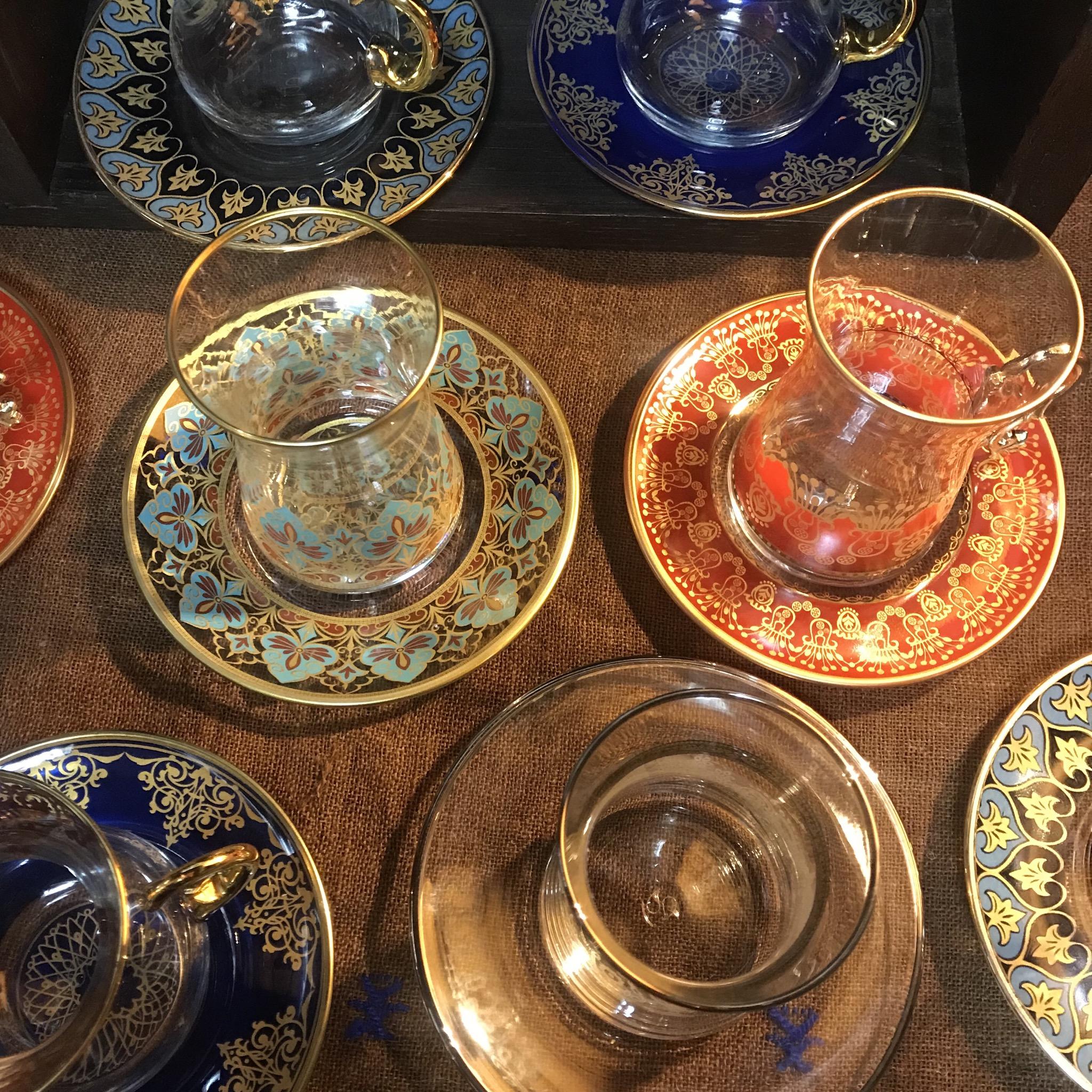 トルコのチャイグラスです