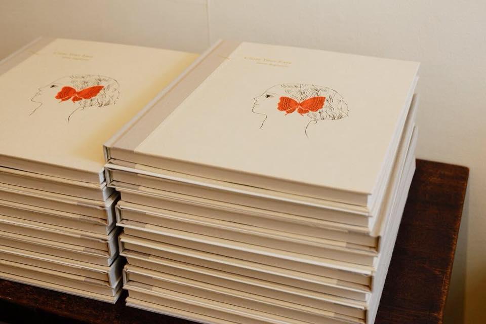 杉本さなえさんの作品集、最後の納品分が到着しました。