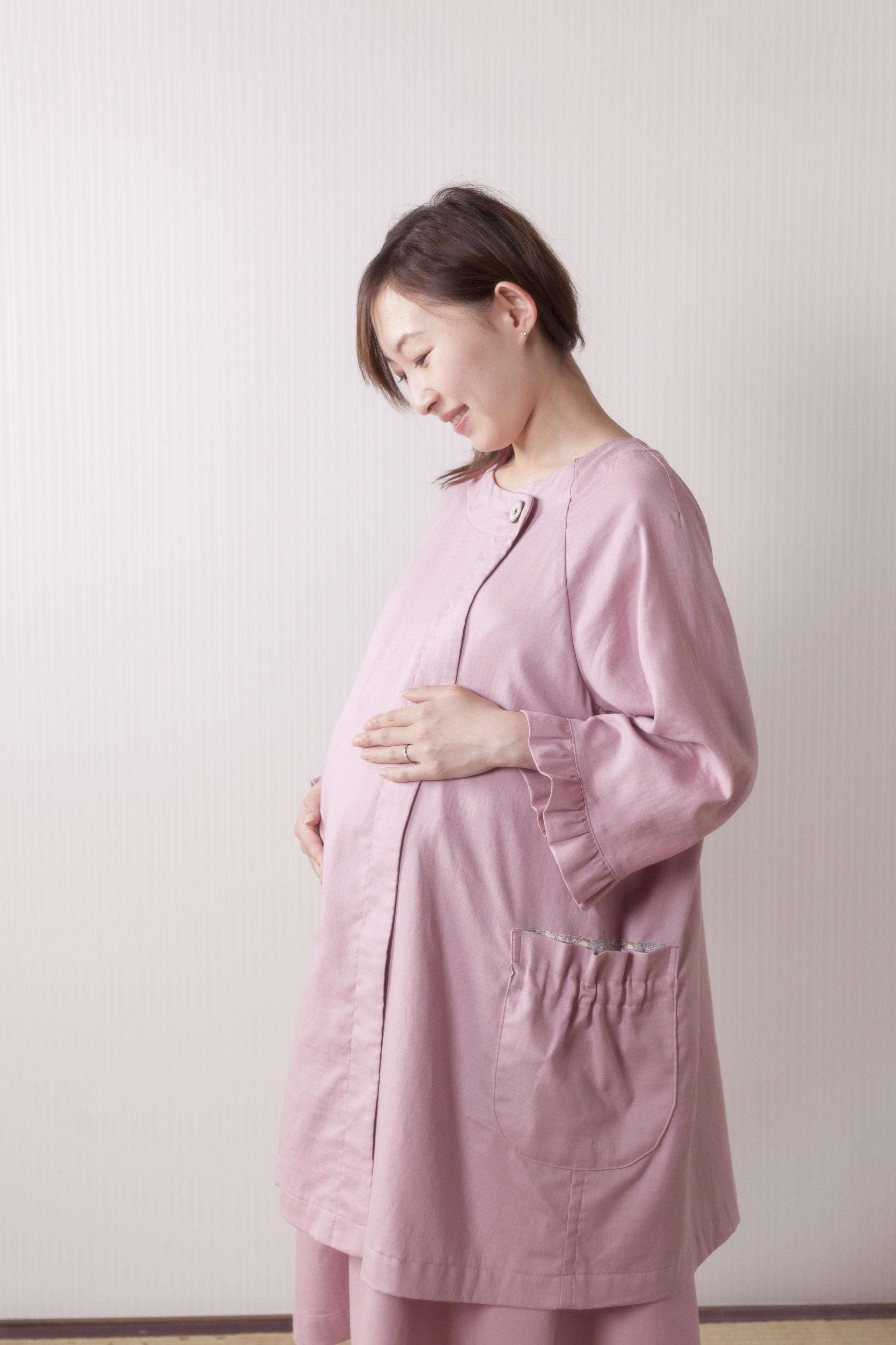 出産する母親と生まれてくる赤ちゃんのことを第一に考えた服~hahagi~