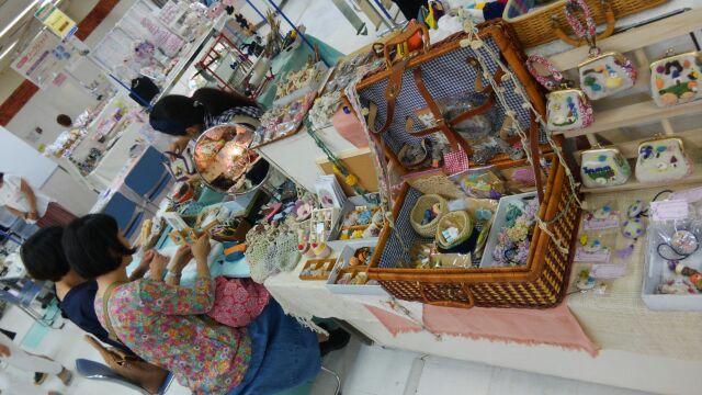 12月5日水曜日~8日土曜日奈良近鉄百貨店にて奈良リビングフェスタのイベントに出店いたします。