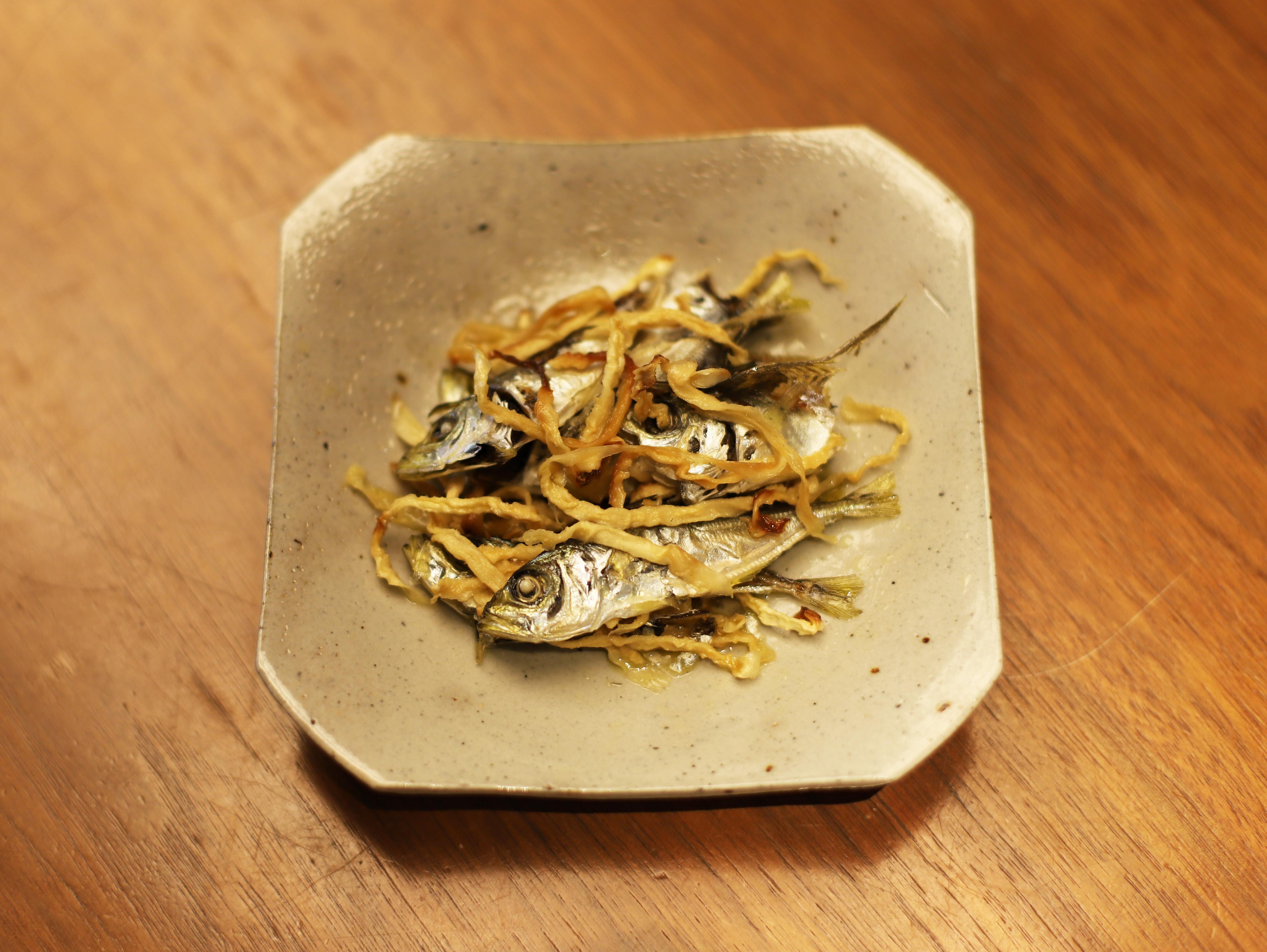 酒喜惣菜レシピ「鯵煮干しと切り干し大根のサッと炒め」