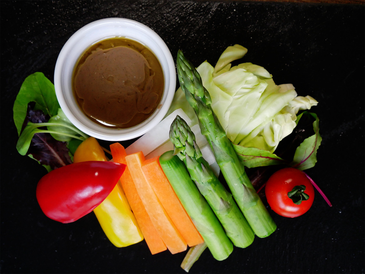 食卓の幅を広げてくれる最高な野菜「アスパラガス」