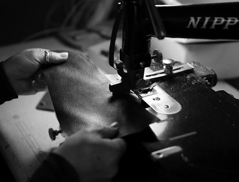 【重要】革製品の特長とお届けについて