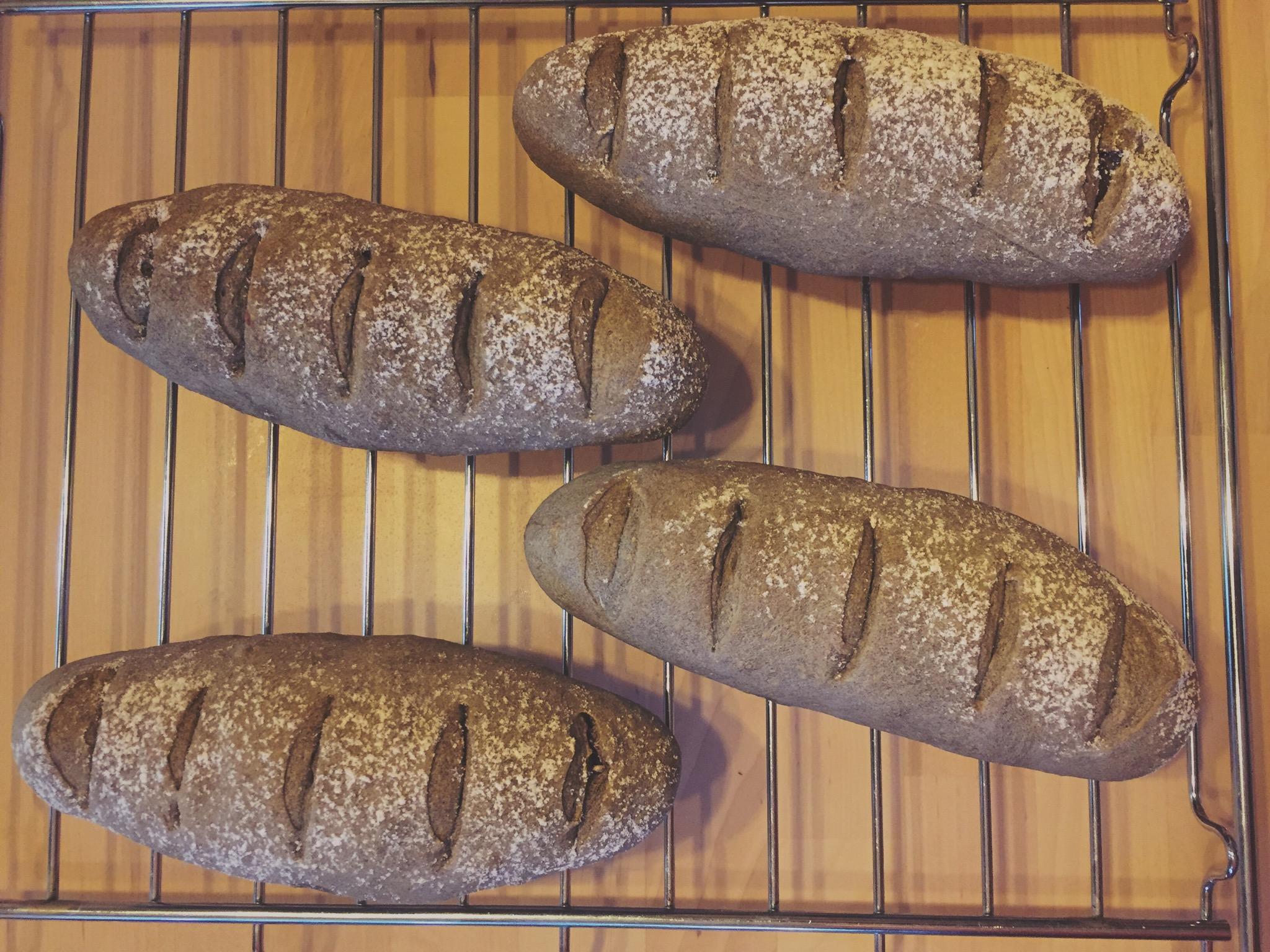 新しい季節のパンの紹介