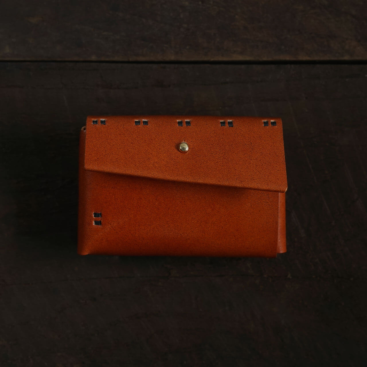 【縫い糸のカスタマイズ】小財布 柿渋染 + 縫い糸「黒」