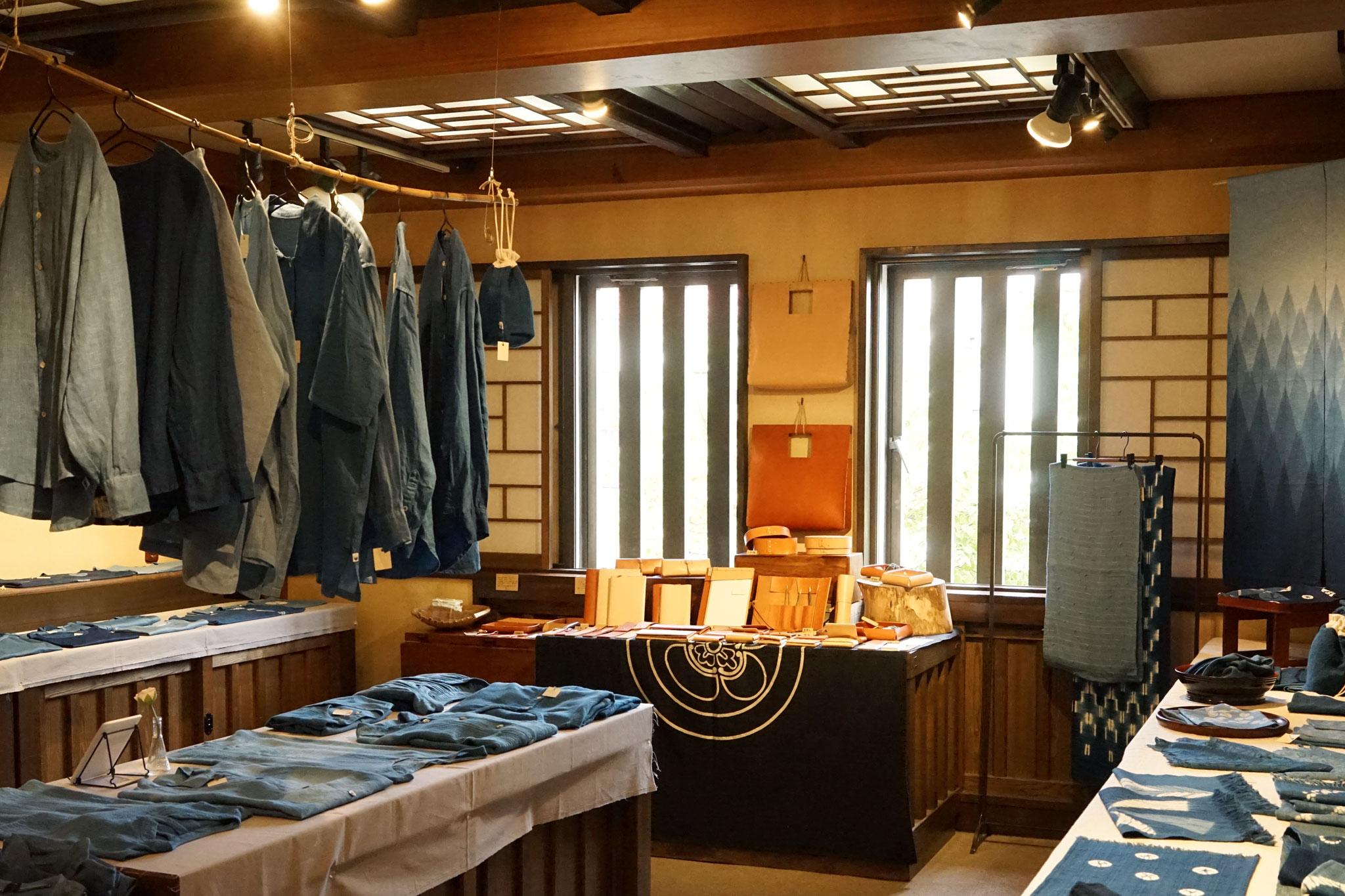 藍あるまいにち - 藍染工房ちずぶるー at たくみ工芸店 始まりました