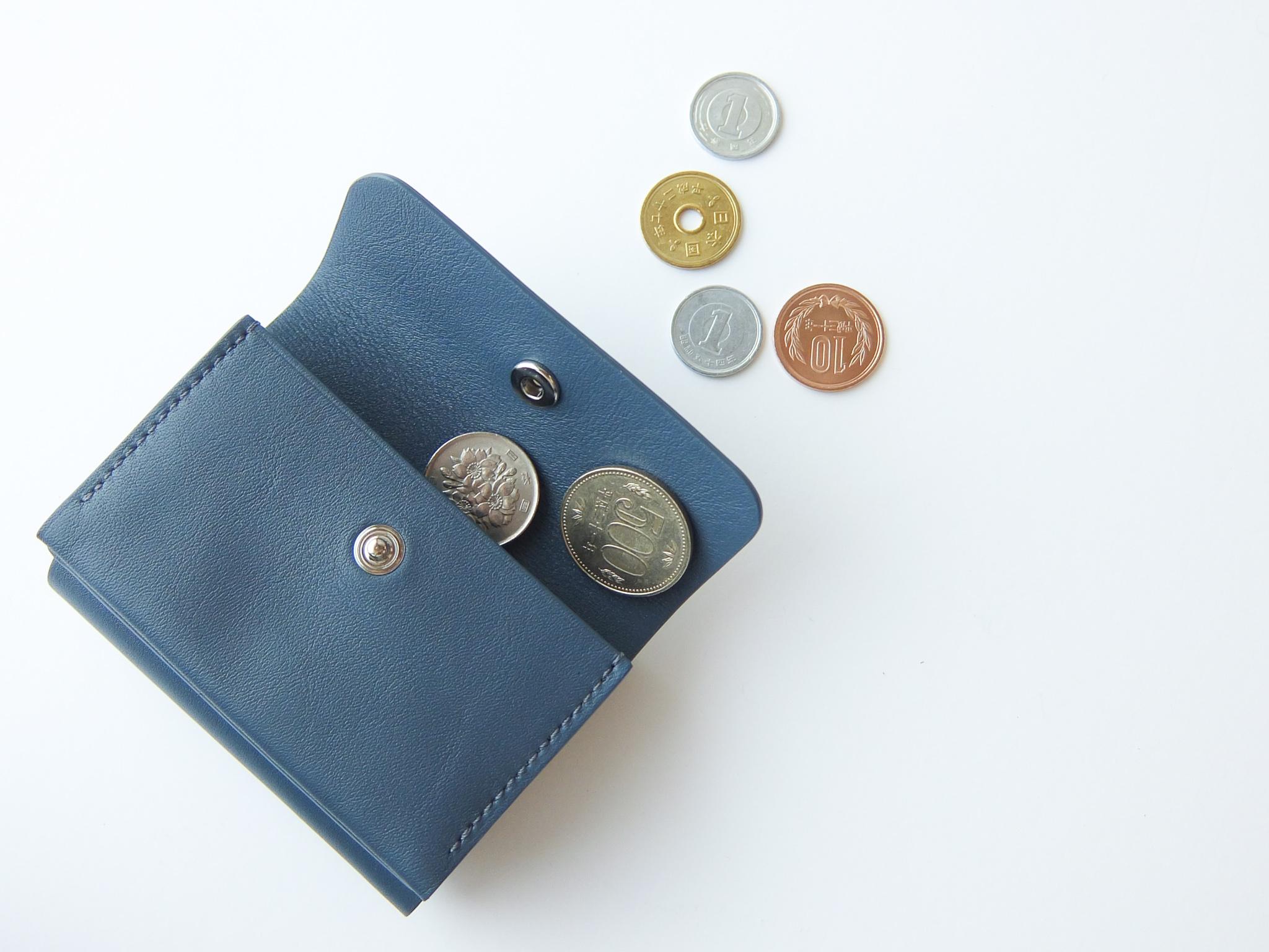 シンプルに本質を見極めた革財布、スタンダードサプライ。