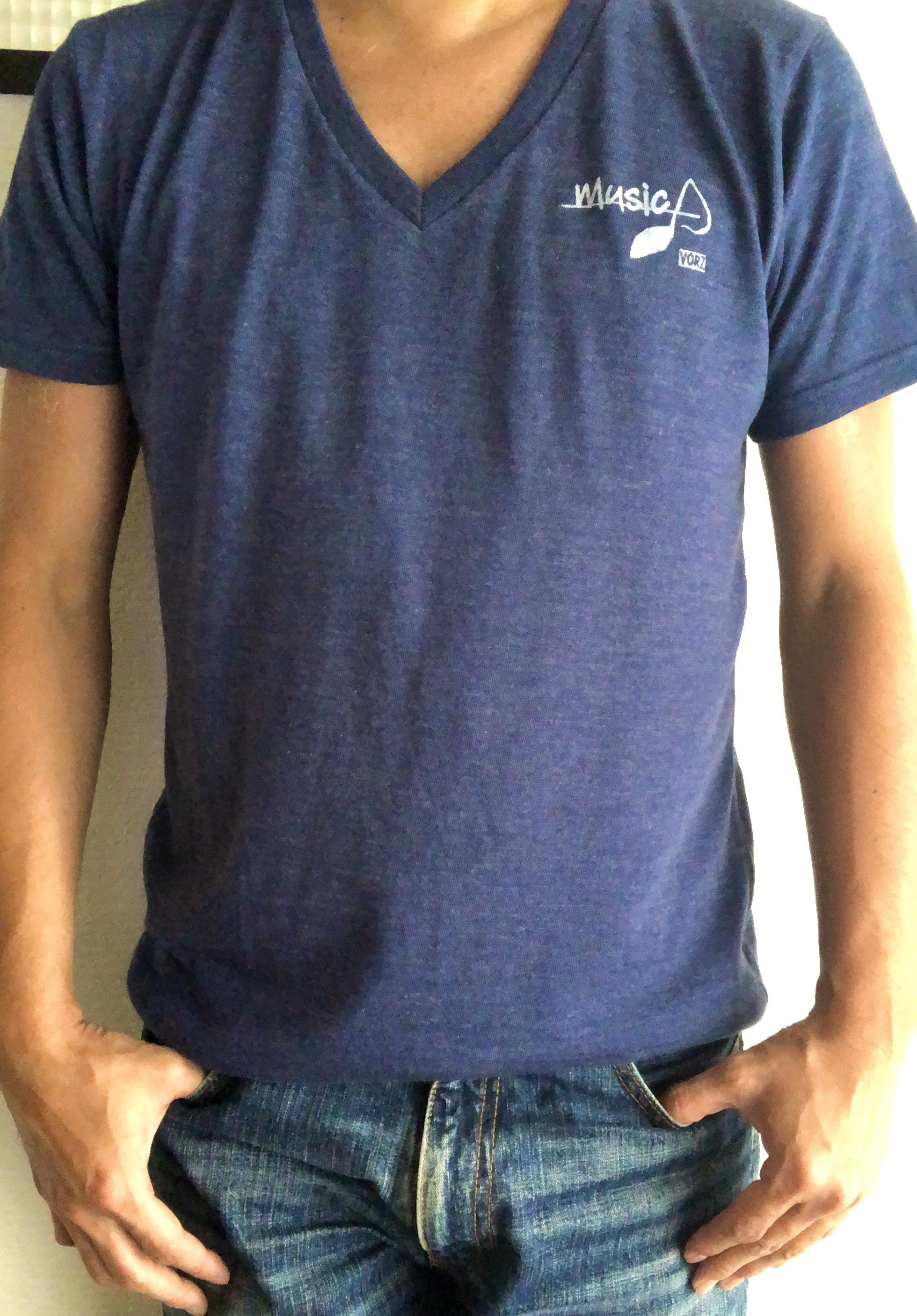 V-neck Tシャツ music