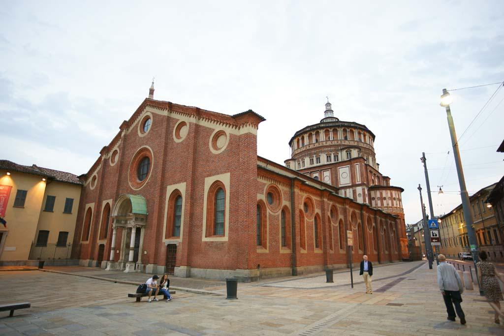 教会にある絵を見にミラノに行きたい。