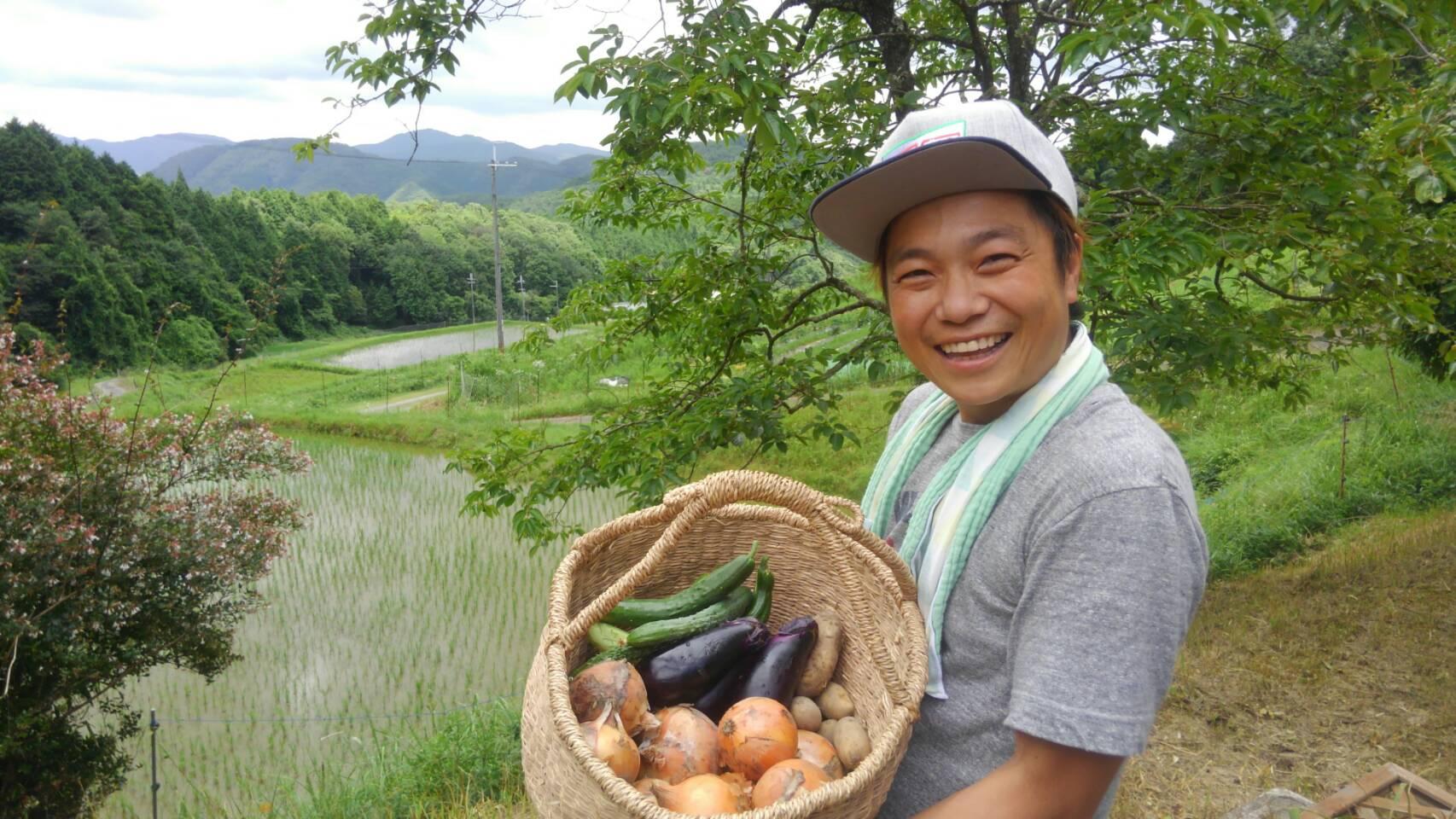 """新商品!ポン太セレクト 全国の旬の野菜・果物を""""野菜芸人土肥ポン太""""がセレクトします。"""