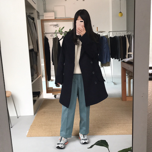 SCYEのコート、パンツとBATONERニット