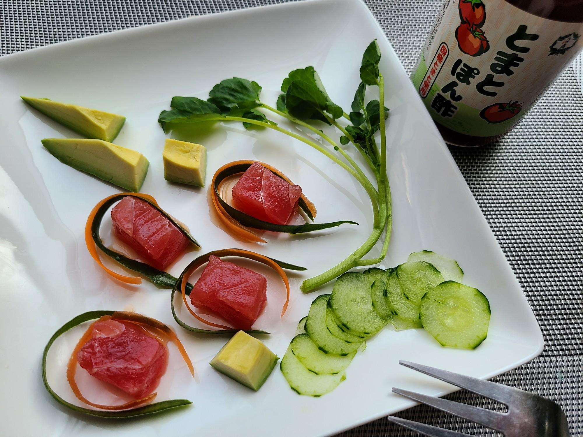 認知症予防レシピ◎大徳とまとぽん酢で!まぐろと彩り野菜のカルパッチョ
