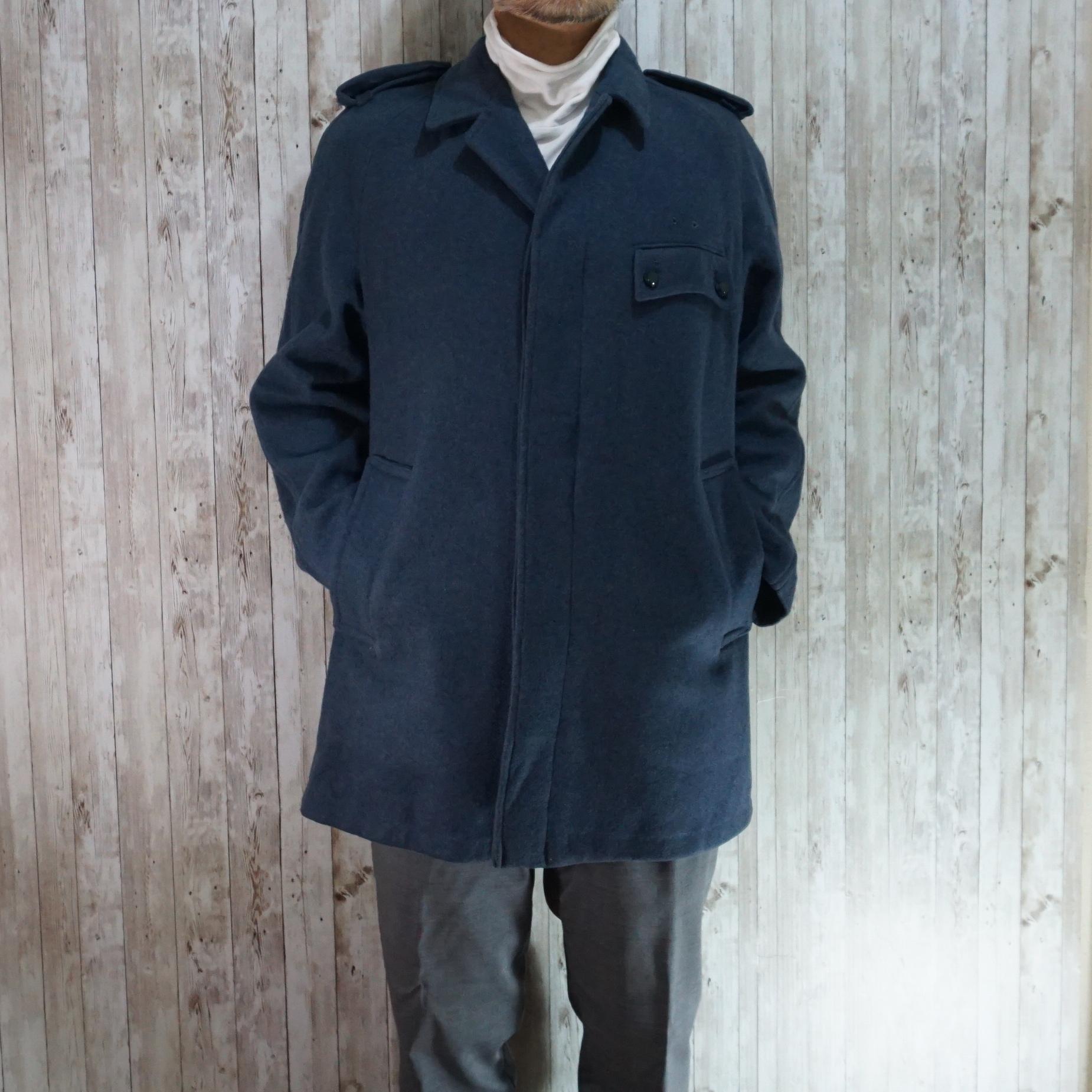 イギリス国営バス運転手に支給されたジャケットはミリタリー要素あり!