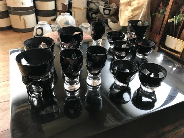 漆とガラスの酒器制作