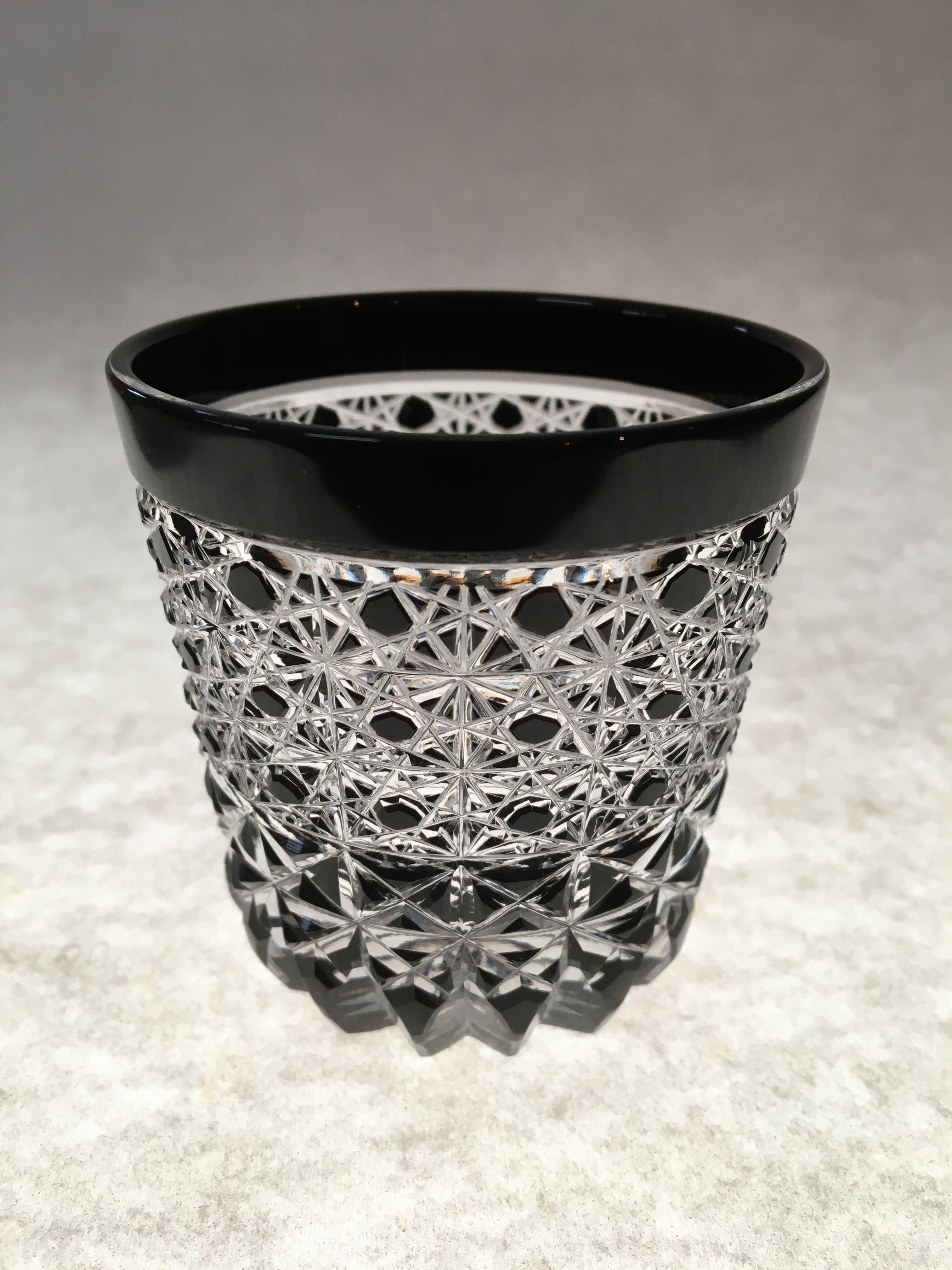 江戸切子 黒の江戸切子 酒グラスの在庫を補充しました。