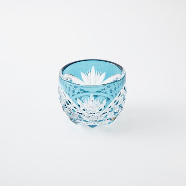 江戸切子 涼しさを演出 エメラルドグリーンの冷酒グラス