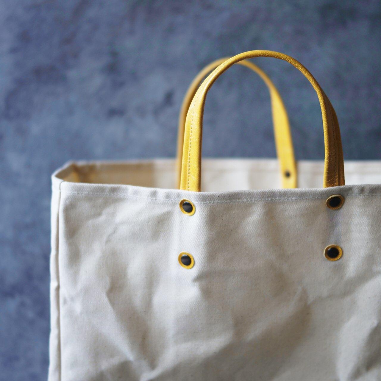 夏のプレゼント企画。抽選で1名様に帆布×山羊革のトートバッグをお届けします。