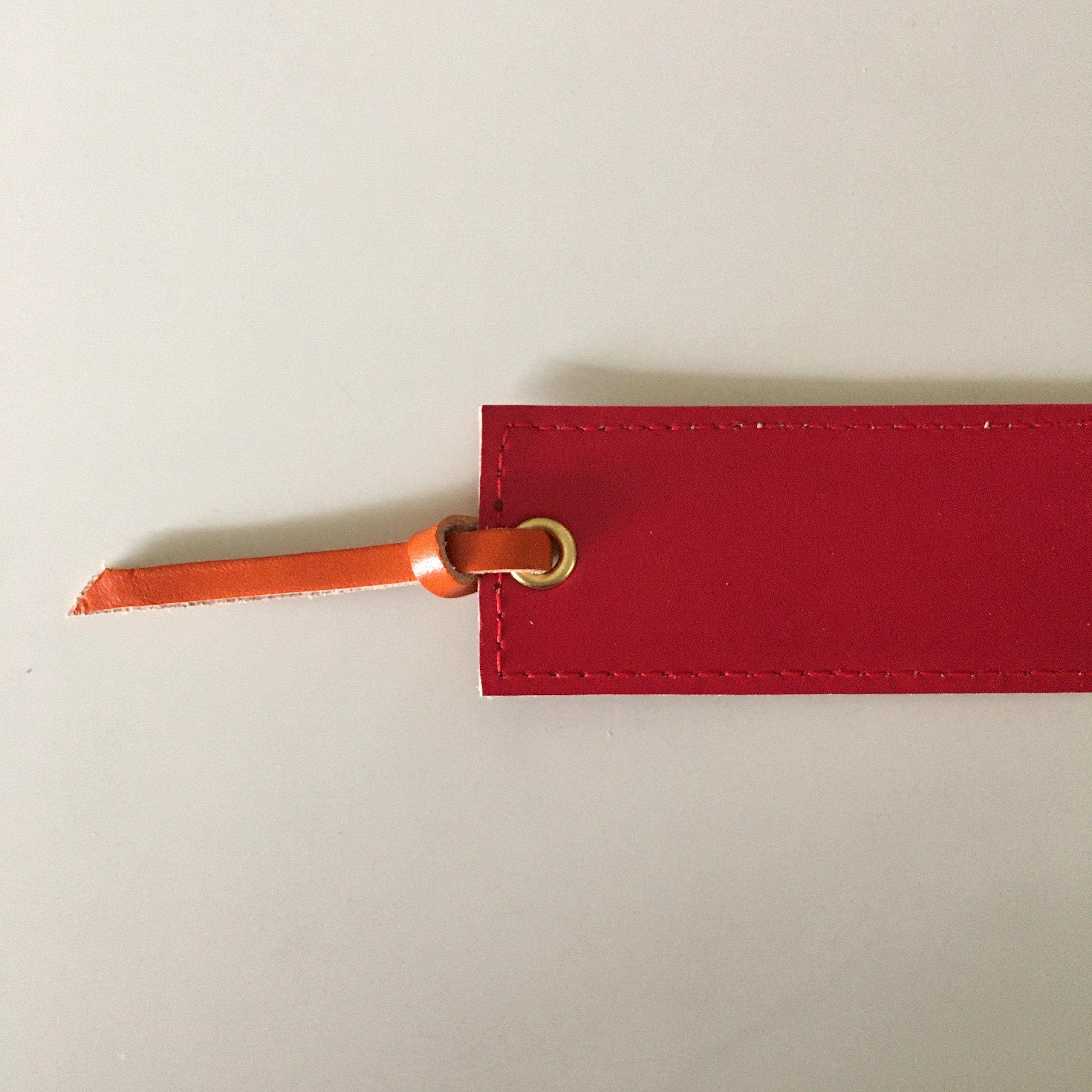 ランドセルから栞をお作りすることもできます。