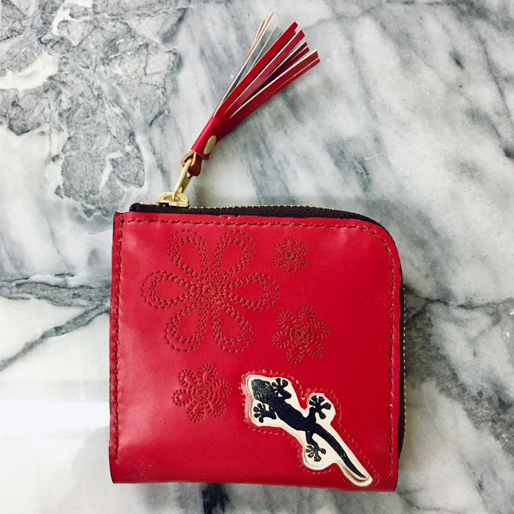 ランドセルリメイク。ヤモリのデザインが入った財布をお作りしました。