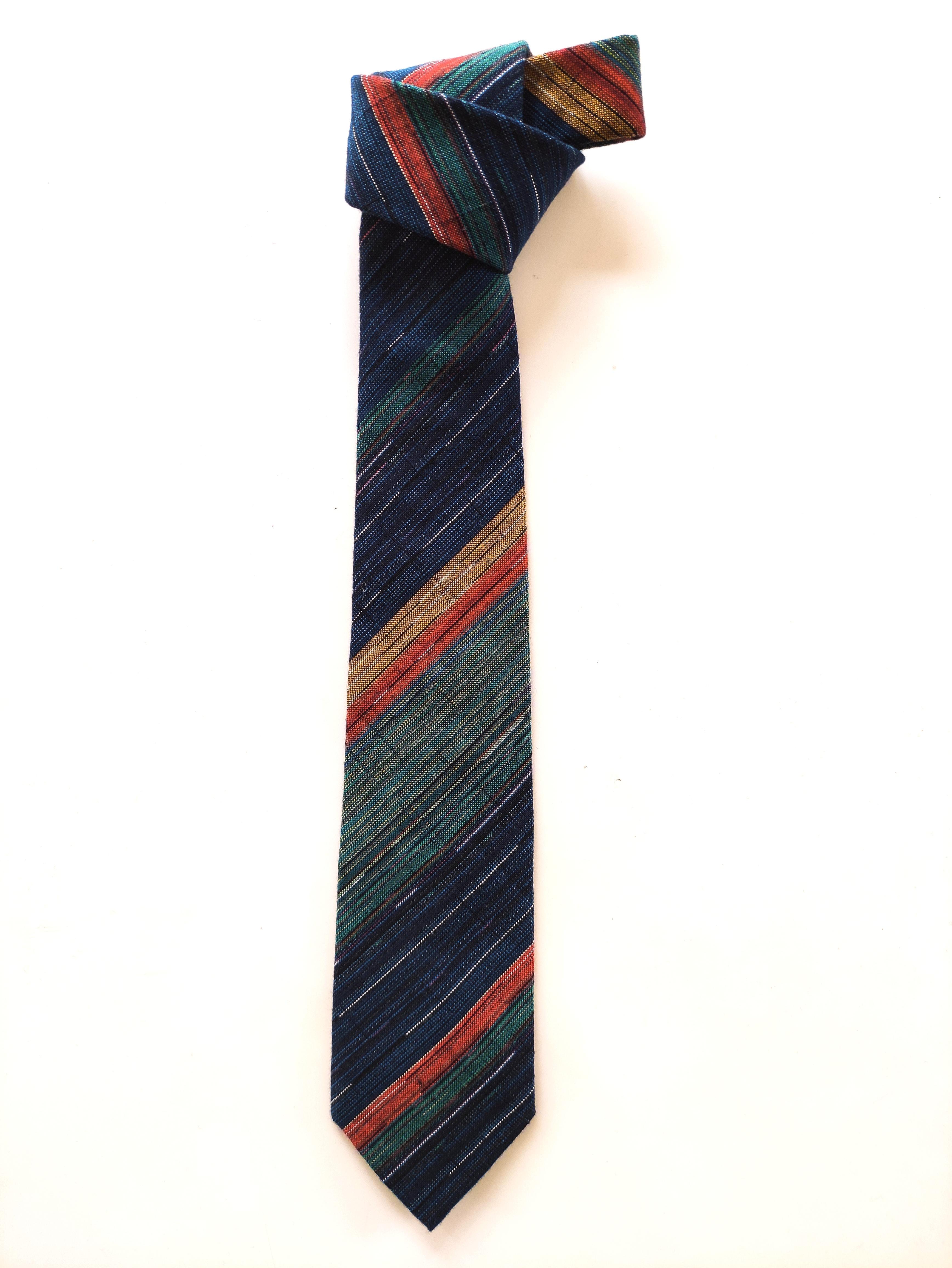 父の日プレゼントのお勧め ⑧久留米絣を纏うネクタイのご紹介