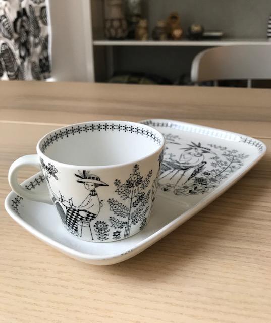 北欧のヴィンテージ食器⑴ 〜アラビア社『エミリア』シリーズのカップ&プレート