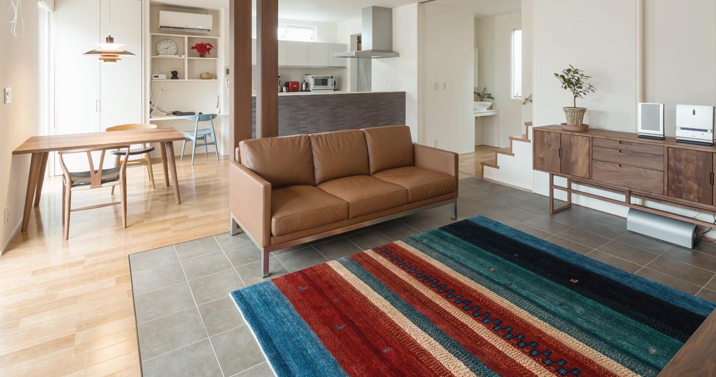 世界に1枚だけの特別な絨毯  アート ギャッベ