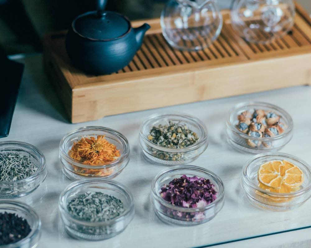 雑誌:25ans(ヴァンサンカン)に掲載の合組千茶はこちらです