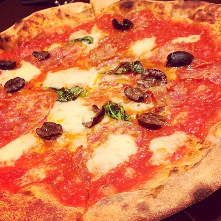 美味しいピッツァにはキアンティ!