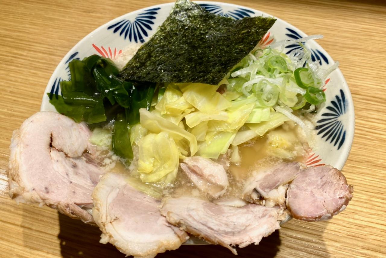 「ラーメンショップオマージュ キャベツチャーシュー麺」の販売開始