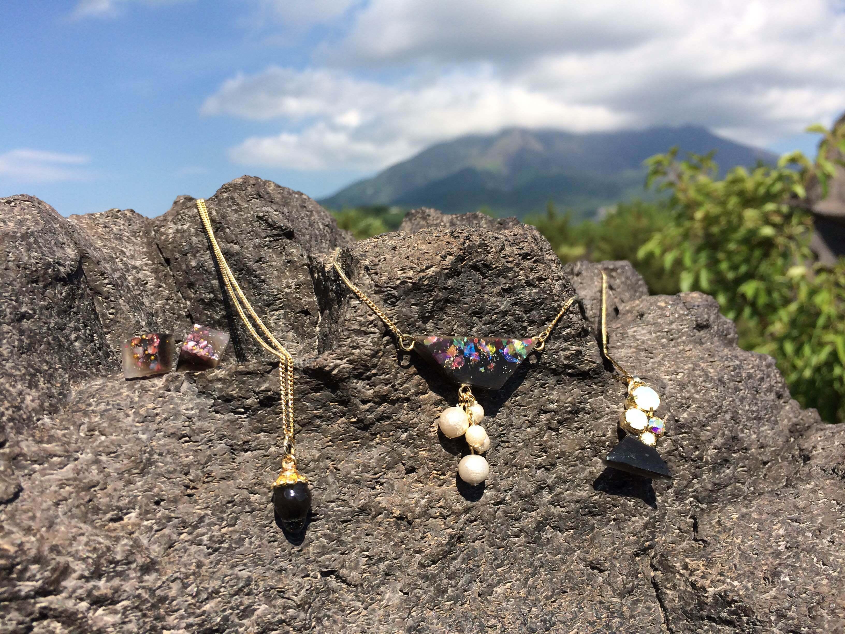 こんな街で制作していますー「鹿児島は空から宝石が降ってくる」ー