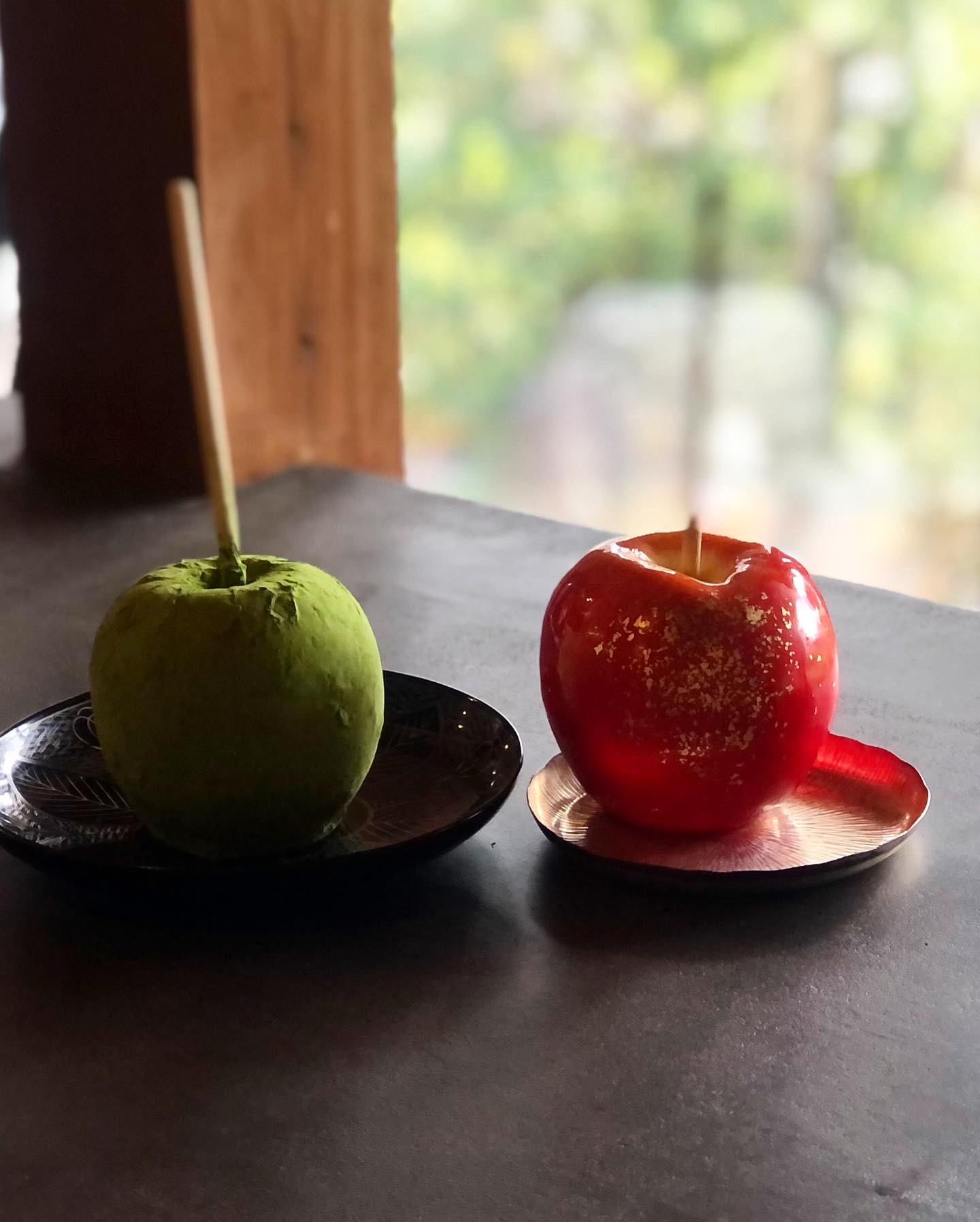 バレンタインデーにりんご飴はいかがですか?