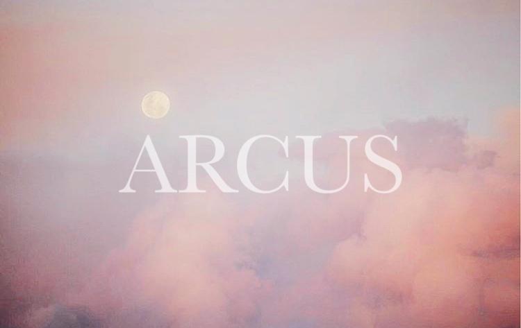 *arcus*