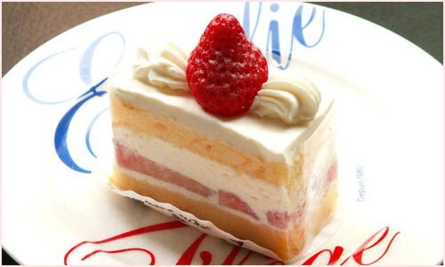 [ケーキお取り置き承ります]