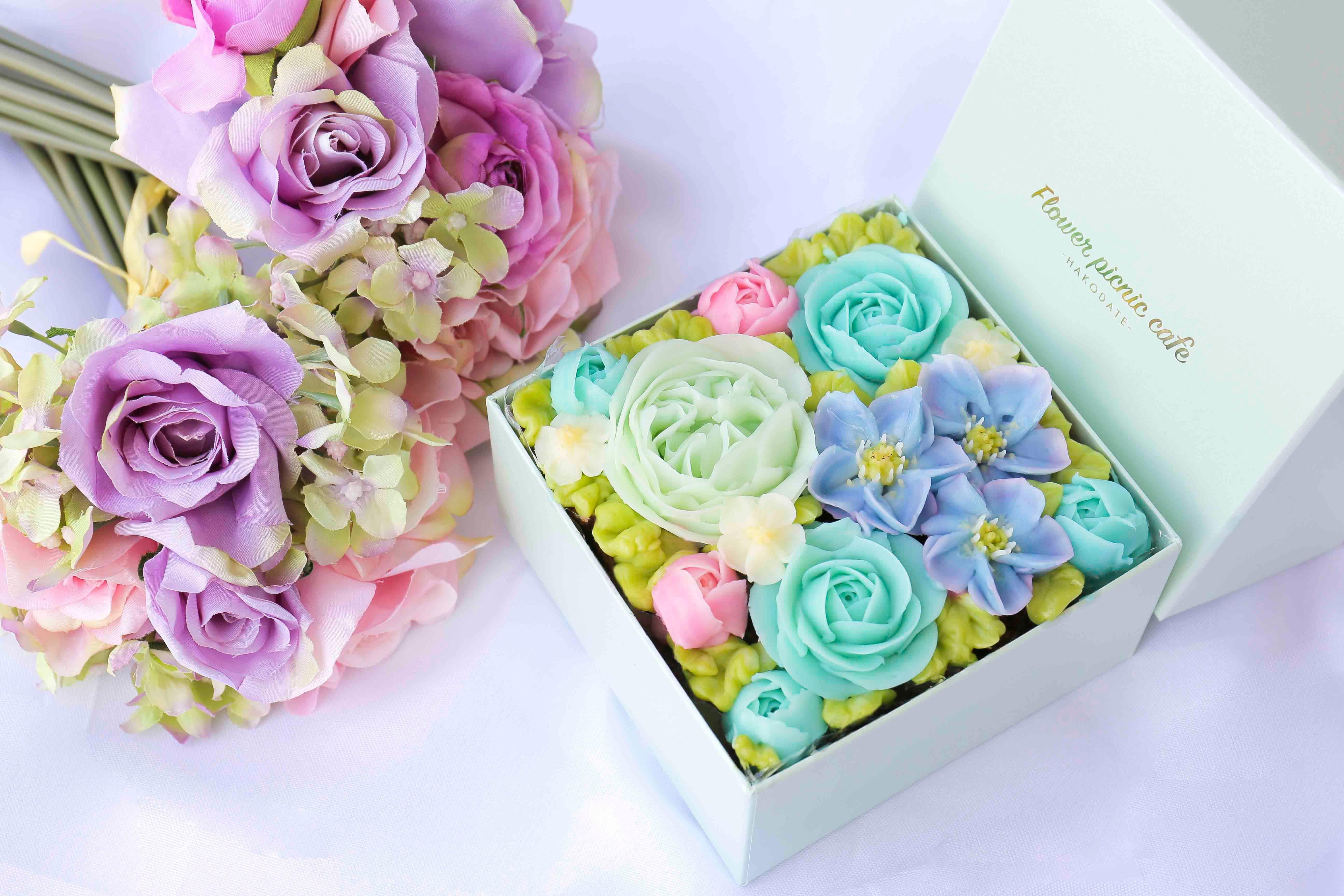 Pemiumボックスフラワーケーキ